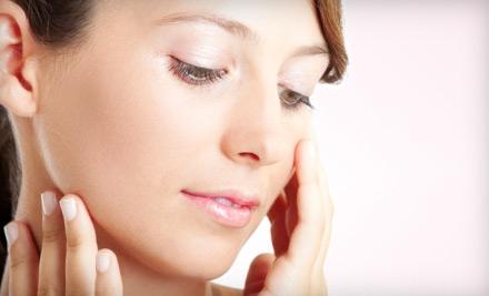Celebrity Eyebrow Wax or IPL Photofacial at UltraSkin Wax Center
