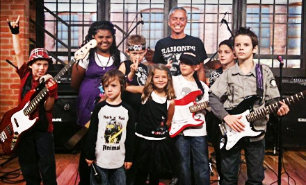 One or Three Guitar Lessons at Valley Music Institute at Gottschalk Music Center
