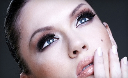 $40 for Basic Eyelash Extensions at Glow Boutique ($89 Value)