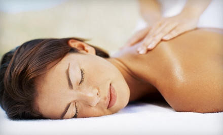 $79 for a Head 2 Toe Reviver Treatment with Aromatherapy, Massages, and Facial at Skin 2 Envy ($165 Value)