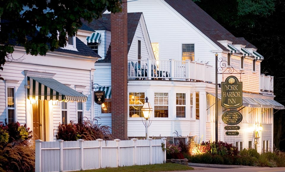 One-Night Stay in a Country Inn Room, Yorkshire Room, or Luxury Room at York Harbor Inn in Maine