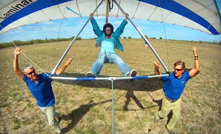 $119 for an Introductory Hang-Gliding Lesson from Thermalriders LLC in Luling ($225 Value)