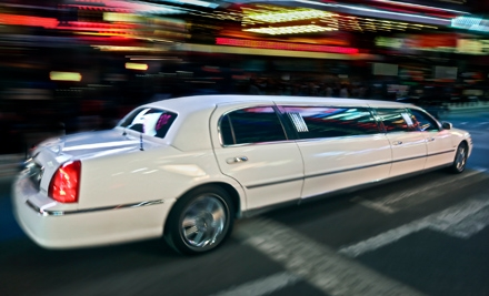 $119 for 90-Minute Holiday-Lights Tour for Up to 10 from Vegas Limo KC ($240 Value)