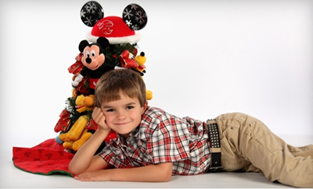 $49 for a Holiday Photo-Shoot Package at Kaiser Custom Images in Chesapeake ($125 Value)