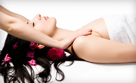 $39 for One-Hour Massage and Wellness Exam at Universal Chiropractic (Up to $495 Value)